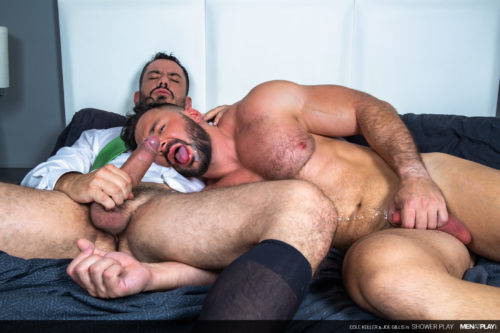 bodybuilder gay blowjob